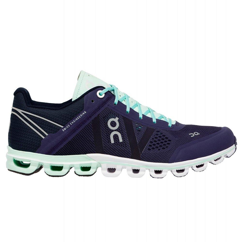 ON Cloudflow Running Shoe (Women's) -