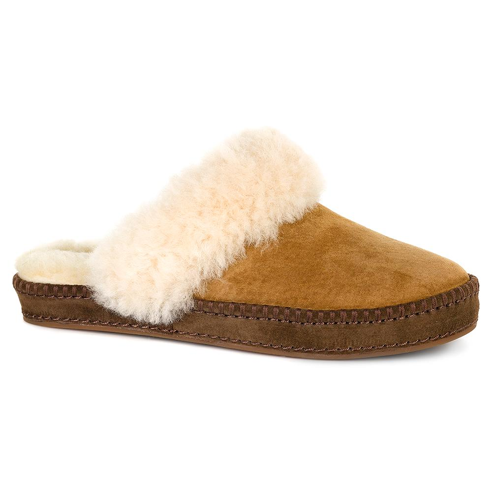 UGG Aira Slipper (Women's) - Chestnut Suede